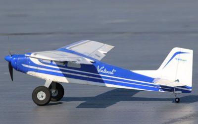 Cómo hacer un avión de vuelo lento con Flaperones