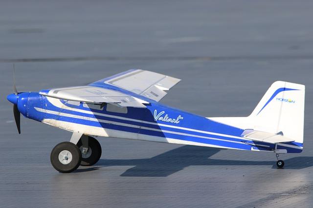 Cómo hacer un avión de vuelo lento con Flaperone